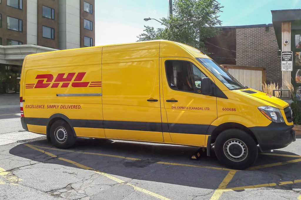 Pour faire une réclamation auprès de DHL, envoyez un courrier postal à l'adresse qui suit :
